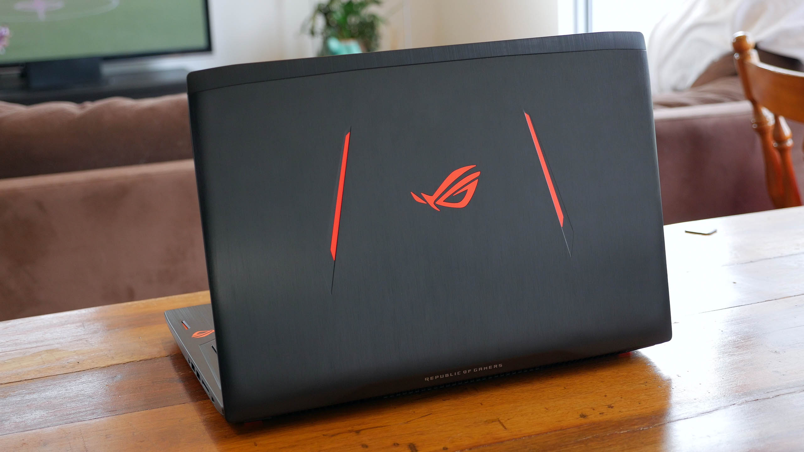 Asus ROG Strix GL502VS Review Photo Gallery - TechSpot