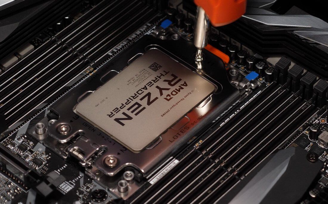 Image 08S - Linux vs. Windows Benchmark: Threadripper 2990WX vs. Core i9-7980XE Tested