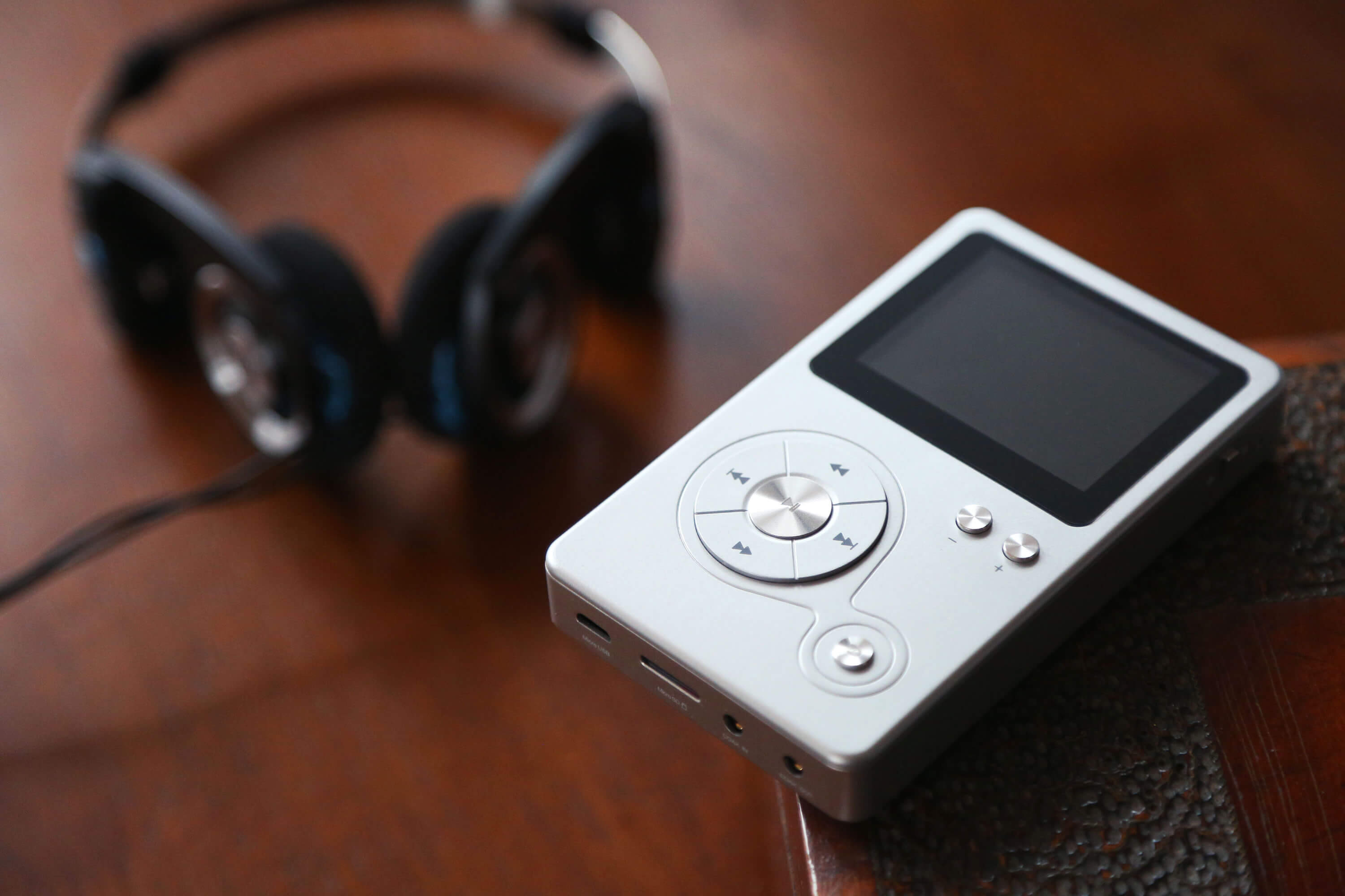 Buying an MP3 Player in 2018 - TechSpot