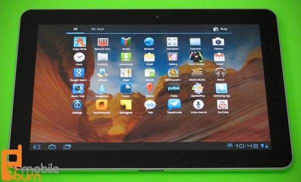 Samsung Galaxy Tab 10 1 Review > Messaging, App Store
