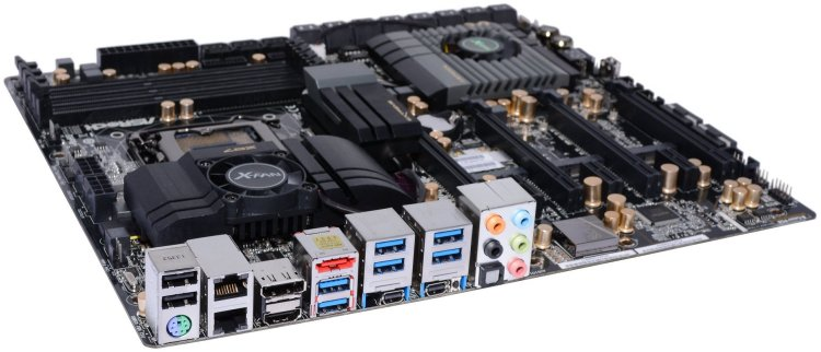 Asrock Z87 Extreme11/ac Review: The Making of a Unique