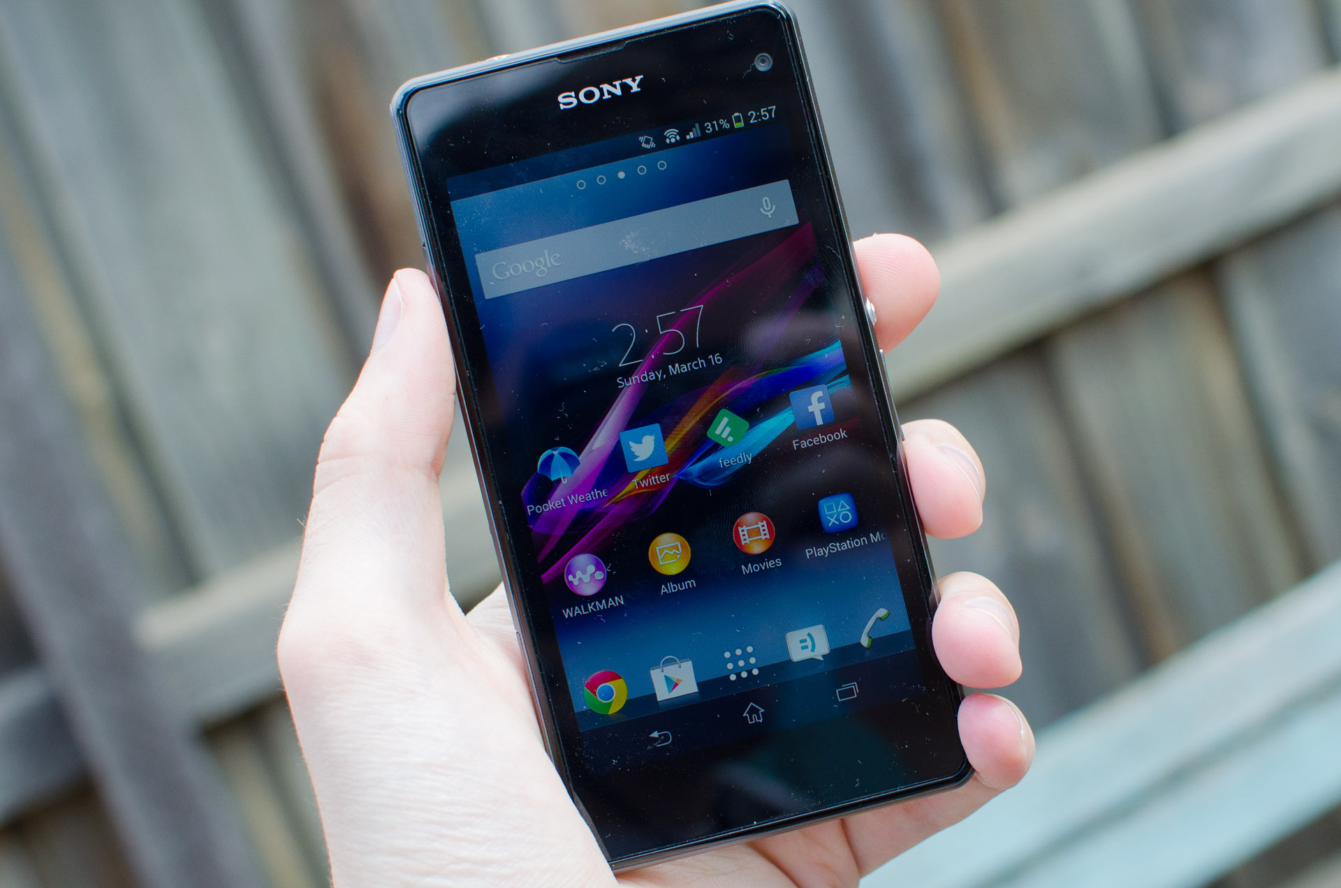 Sony Xperia Z1 Compact Review - TechSpot