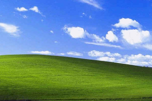 windows xp wallpaper. Windows XP installation
