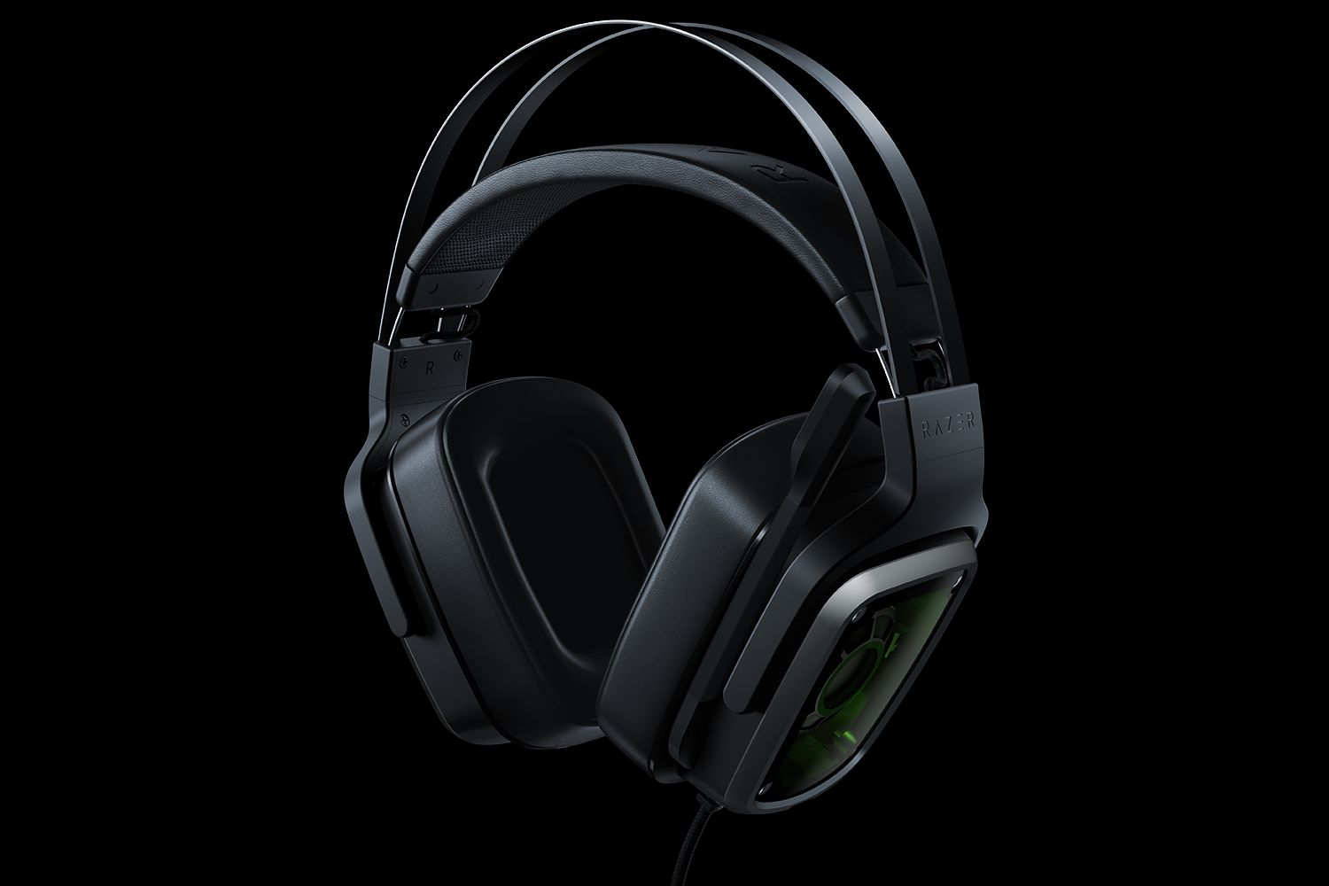 Razer introduces two new analog gaming headsets