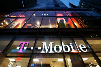 apple, t-mobile, iphone, 4g lte, aws, tmobile, no contract wireless, hspa 42, no-contract wireless