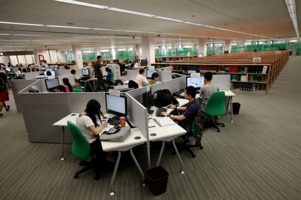 Office Chair Back Support Hong Kong: Weekend Open Forum: How Much Time Do You Spend On The PC