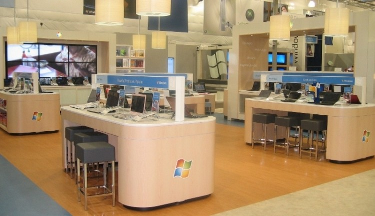 Microsoft to open 600 Windows stores inside Best Buy this summer