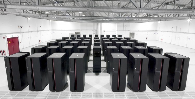 China reclaims world's fastest supercomputer title