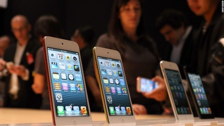 Bigger iPhone: Apple said to be testing up to 6-inch screens