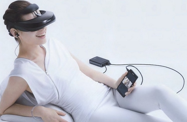 Sony's third-gen personal 3D viewing headset now up for pre-order