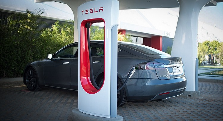 Tesla's West Coast Supercharger Corridor now open, drive from San Diego to Vancouver for free