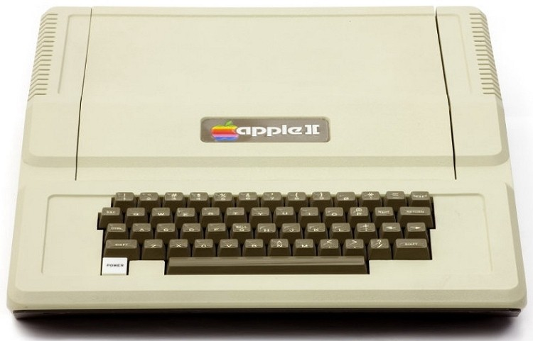 Computer History Museum publishes Apple II DOS source code