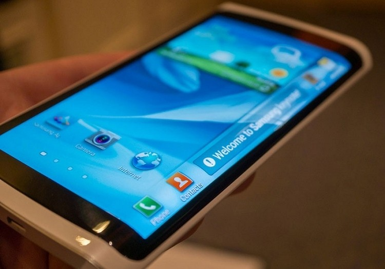 Samsung reportedly planning to launch smartphone with wrap around display next year