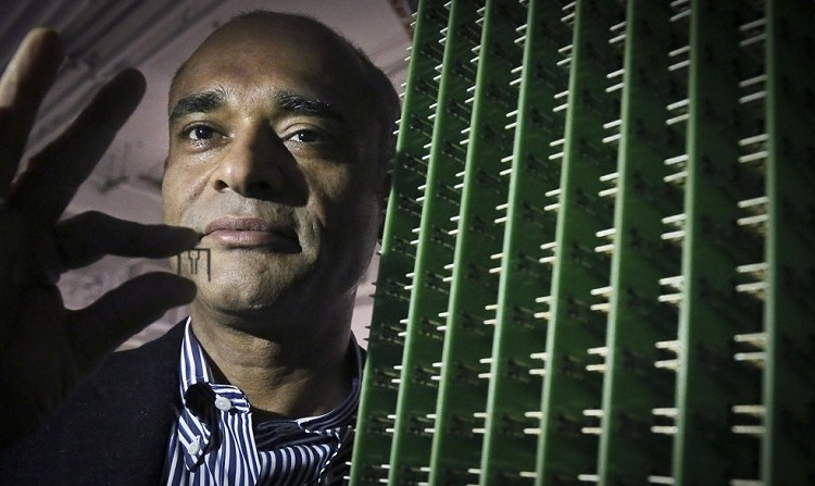 NFL and MLB ask the Supreme Court to hear a challenge against Aereo