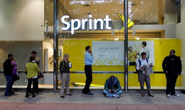 Sprint finishes dead last in Consumer Reports' latest cell phone service survey