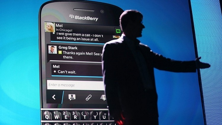 Executive shuffle continues as BlackBerry COO and CMO leave, CFO is replaced