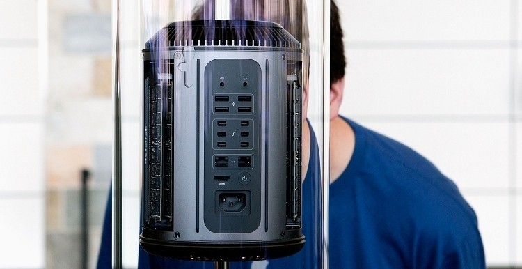 Apple's new Mac Pro available as of tomorrow starting at $2,999