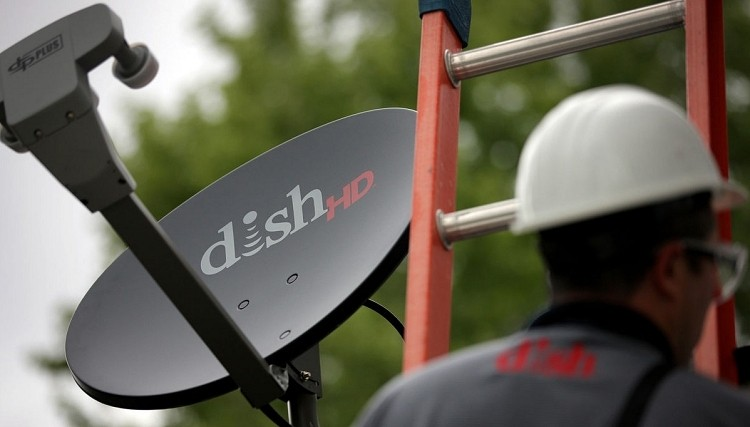 Dish mulling buyout bid for T-Mobile to become fourth major wireless carrier