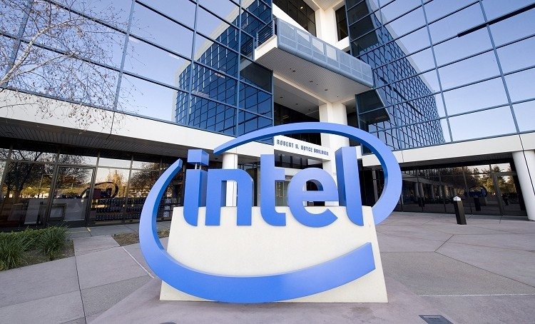 Intel's Internet TV project failed because they couldn't secure content deals