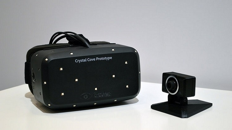 Revised Oculus Rift prototype features positional tracking, OLED display