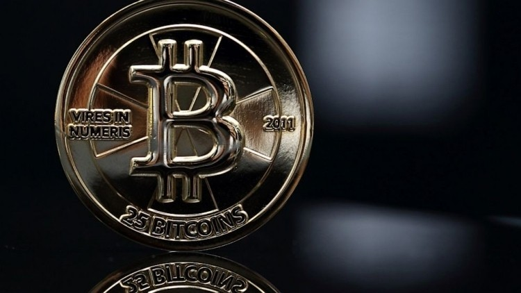 Overstock becomes first major online retailer to accept Bitcoins