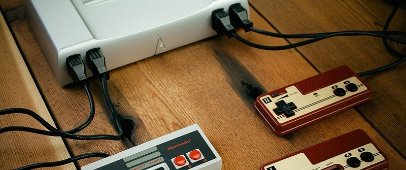 Analogue Nt all-aluminum NES is now available for pre-order