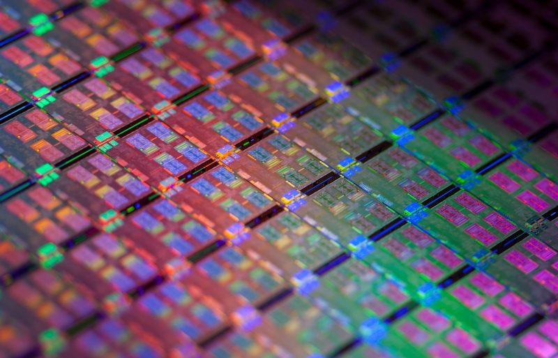 Weekend tech reading: Intel's 14nm Skylake CPUs, rigging Steam's sale event, AMD vs. Nvidia today