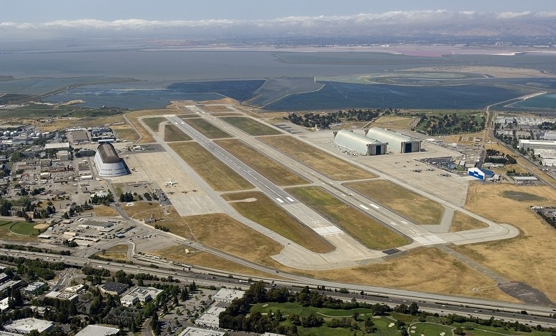 Google signs deal with NASA to lease Moffett Airfield, will be used for space exploration research