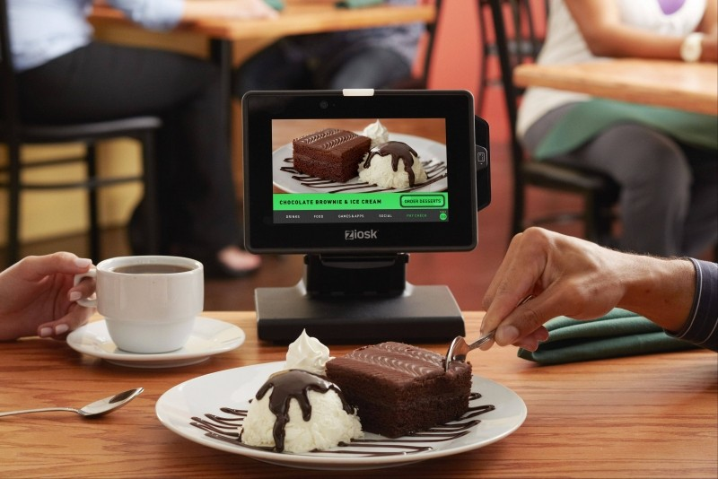 Tablets at restaurant tables: Gimmick or actually helpful?