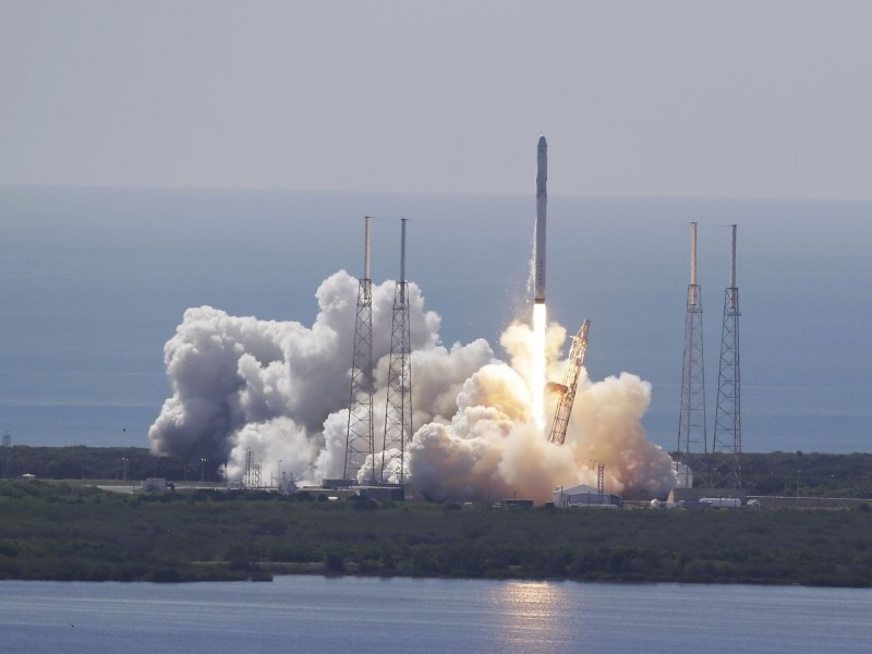 spacex nasa international space station elon musk iss falcon 9 rocket spacex falcon 9