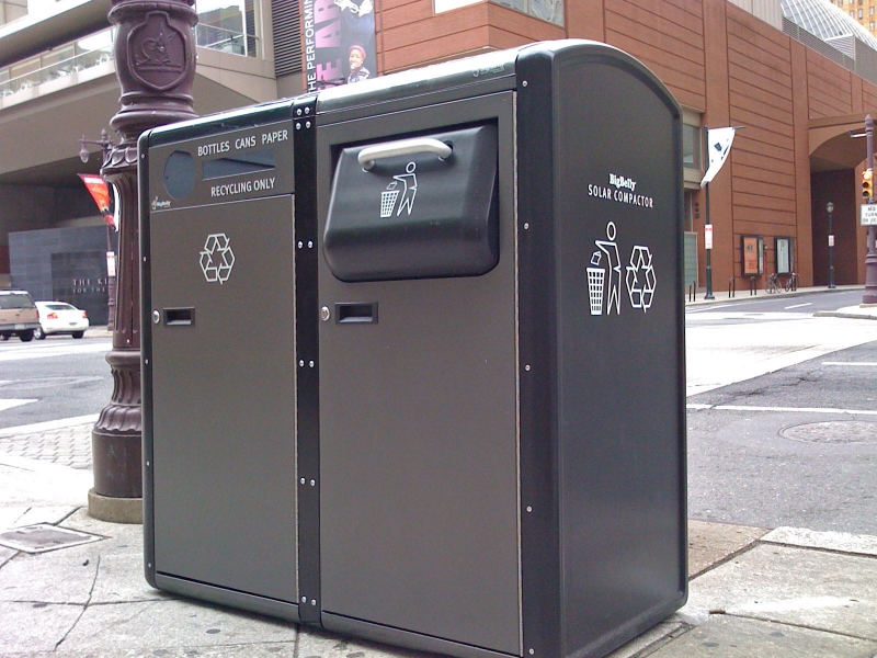 Waste Management Company Plans To Turn Nyc Trash Cans Into