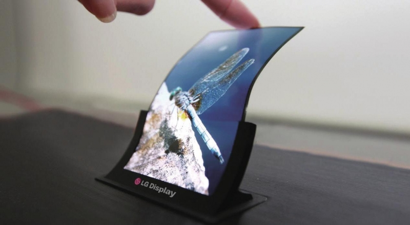 LG investing almost a billion dollars in flexible OLED screens