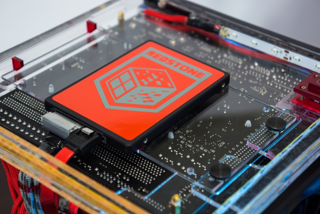This Minecraft Pc Mod Is A True Work Of Art Techspot Electronic Circuit Check Out The Redstone Site Project For More