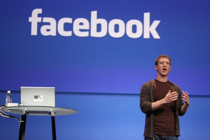 Facebook hits new milestone of 1 billion users in a single day