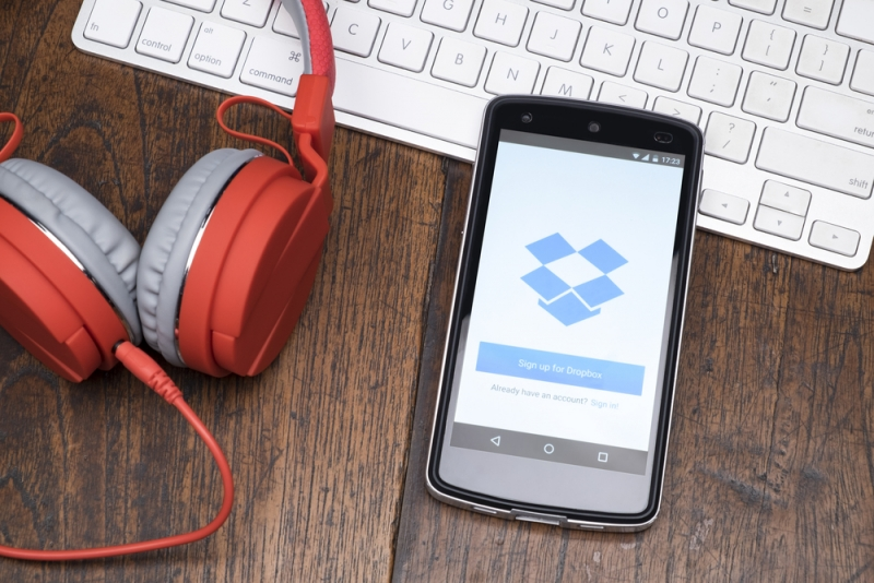 RIP to two Dropbox apps: Mailbox and Carousel