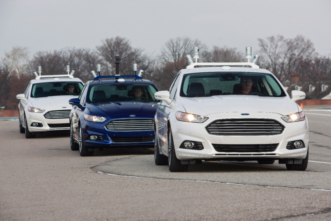 Google teaming up with Ford to create new self-driving vehicle company