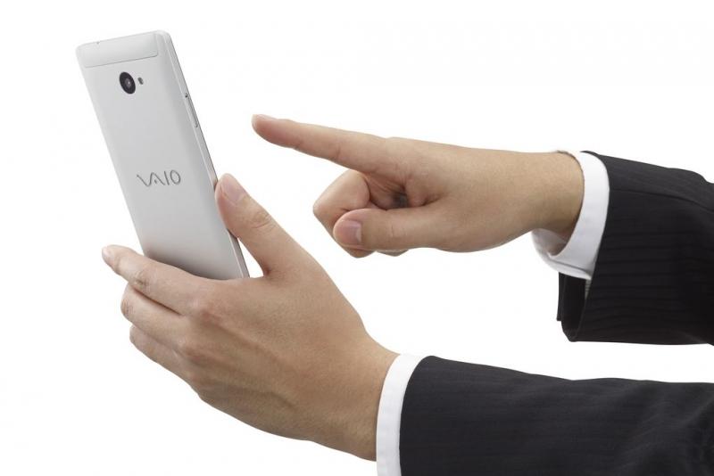 Vaio announces its first Windows phone, and it's pretty sleek