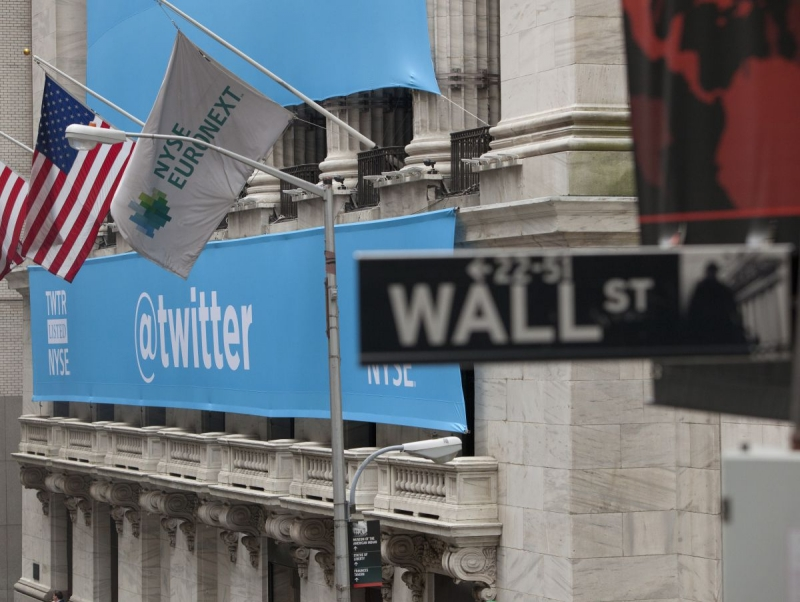 Twitter's stock tanks as number of non-SMS users fell by 2 million in Q4