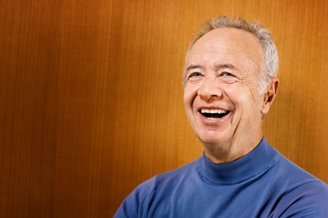 Former Intel CEO and Chairman, tech pioneer Andy Grove dead at 79