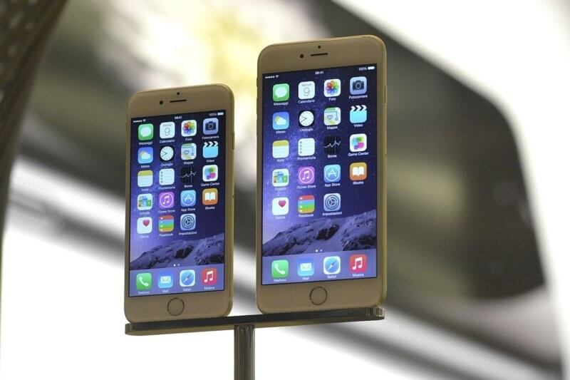 Next-gen iPhone rumors: 5.8-inch curved AMOLED display, wireless charging and more