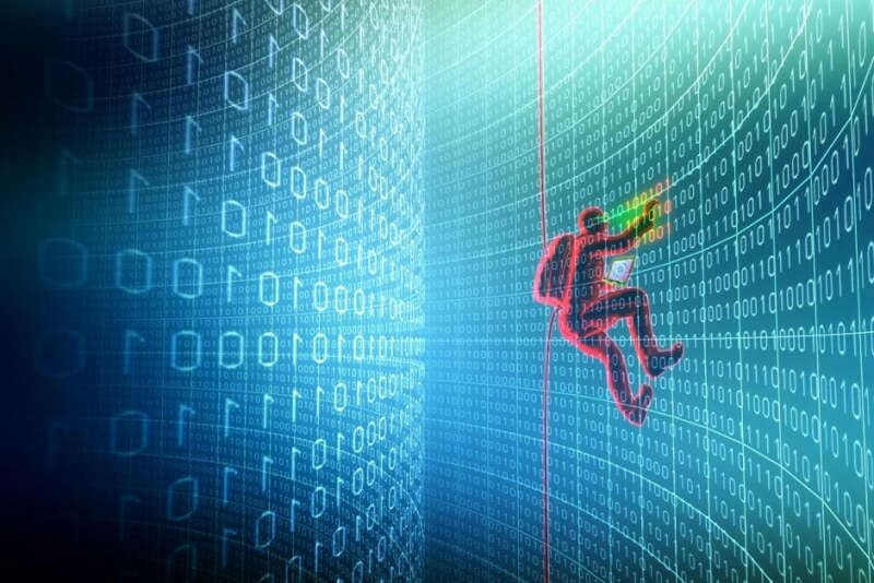 Report shows cybercriminals offer hacking courses, 24/7 customer service, and a range of products