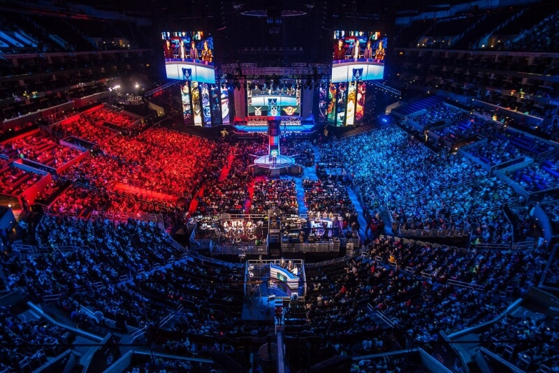 The eSports industry has grown 43% since last year, expected to generate $463 million in 2016