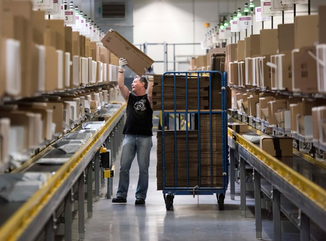 Amazon has its best quarter ever with $513 million in profit