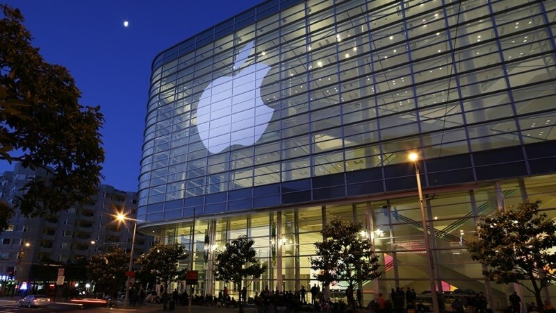 Ex-Apple worker faces decade in prison for stealing trade secrets from autonomous car project