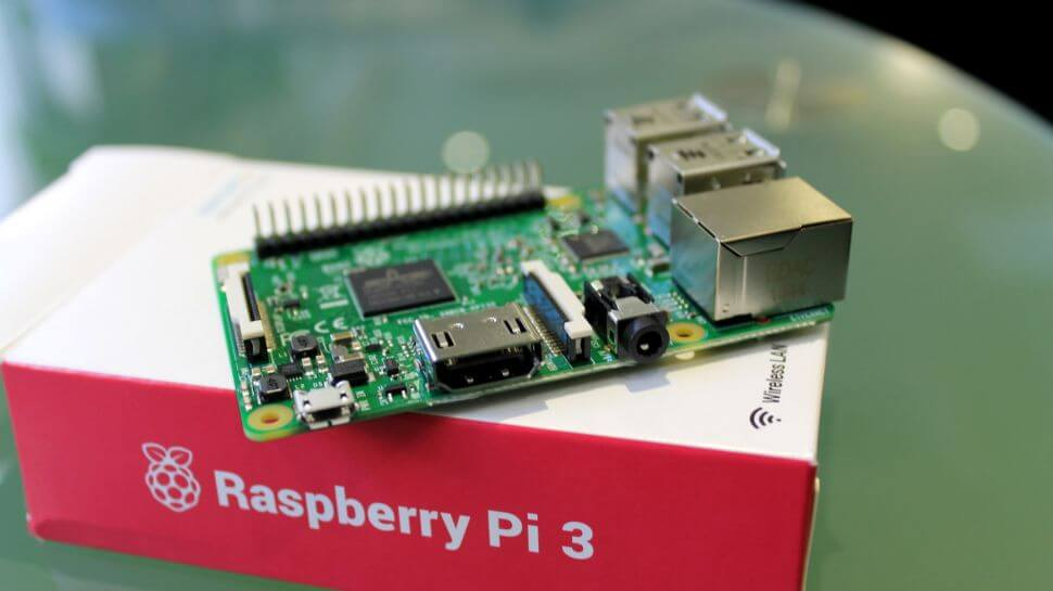 Learn hands-on programming with the Raspberry Pi 3