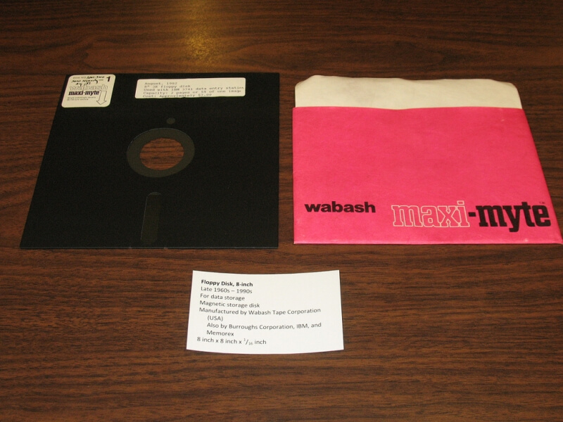 US agencies still using ancient technology, including 8-inch floppy disks for nuclear weapon systems