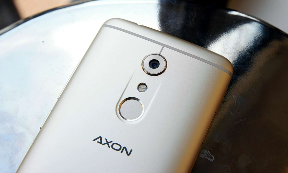ZTE Axon 7 packs high-end specs, all-metal design for $450