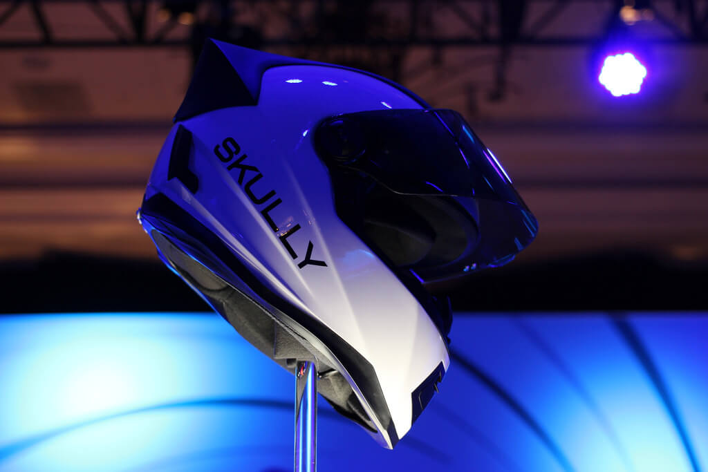 AR motorcycle helmet company Skully looks like it's hit a wall