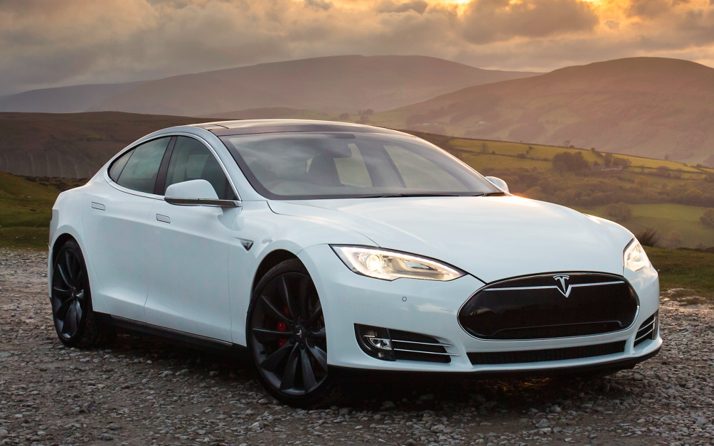 Tesla sued due to 'misleading' Model S P85D horsepower numbers