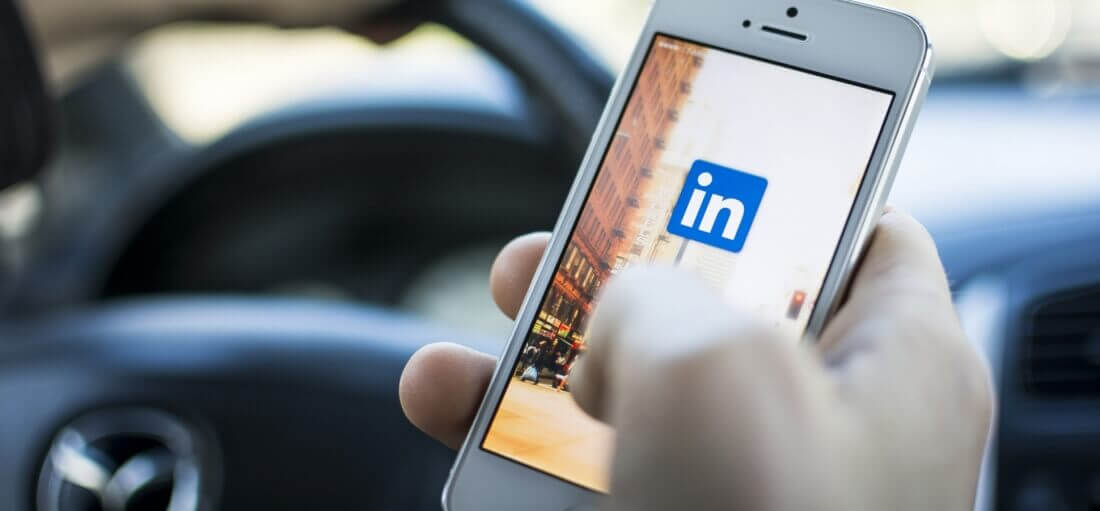 Russia blocks LinkedIn for violating local data storage laws
